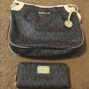 Michael Kors purse & matching wallet